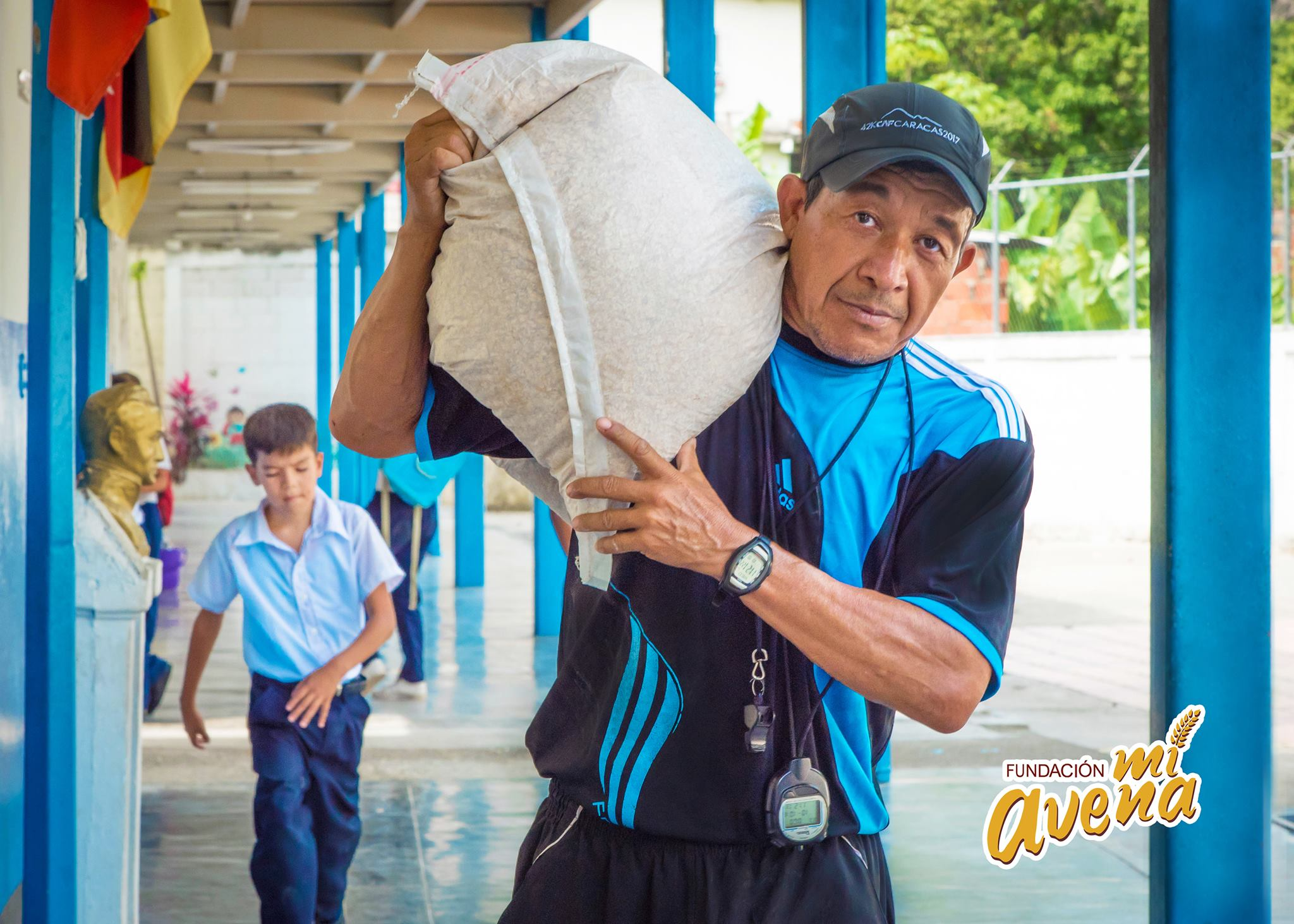 mauro-libi-crestani-fundacion-mi-avena-apoya-a-las-escuelas-de-venezuela