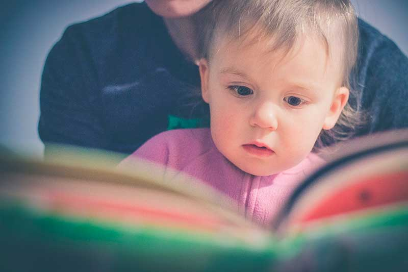 Mauro Libi Lea a los niños en libros y no en tablets 4 - Lea a los niños en libros y no en tablets