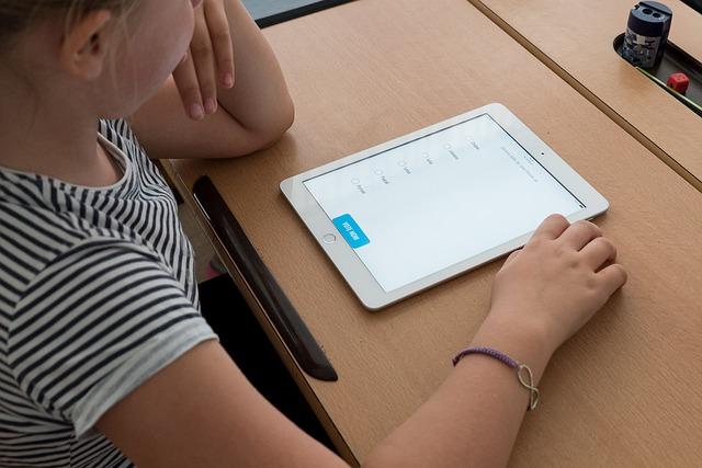 Mauro Libi Llevar la tecnología a las aulas de clase - Llevar la tecnología a las aulas de clase