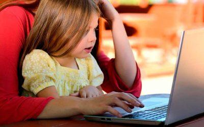 ¿Cómo enseñarle a tu hijo dos idiomas al mismo tiempo?